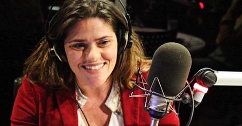 María del Campo en la radio